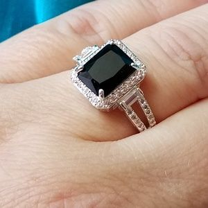 925 simulated black and white diamond ring sz. 8.5